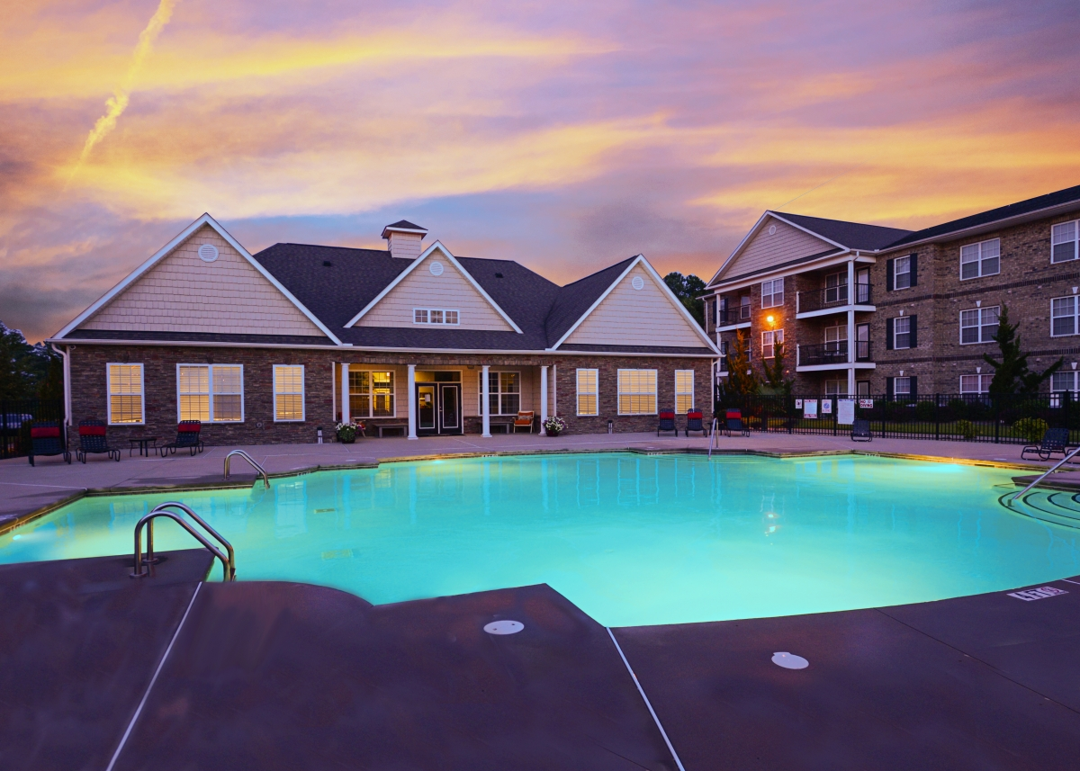 Photo gallery find 1 bedroom rentals near you at stoneridge apartments for Home exteriors fayetteville nc