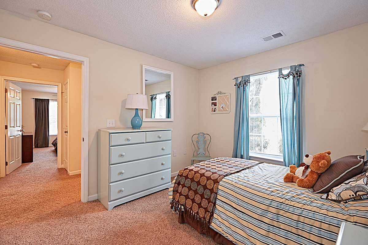 Your Two Bedroom Apartment-Stone Ridge Apartments in ...